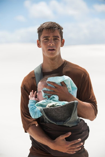 the-giver-brenton-thwaites-baby