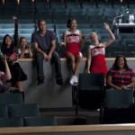 Glee-Season-2-cast in theater